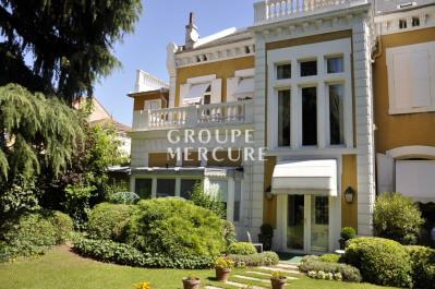Hôtel particulier de 400 m² habitables environ - coeur de va