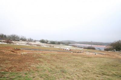 Terrain constructible 890m2.prix négociable