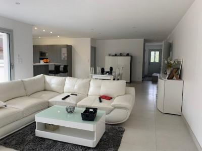 Maison neuve plein centre bourg 138 m²