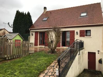 Maison Mouroux 5 pièce (s) 120 m²