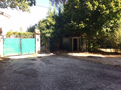 CALAS - proximité village T3 bon état - 56.22 M² + jardinet
