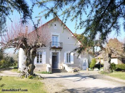 Maison individuelle - 6 pièces - 174 m²