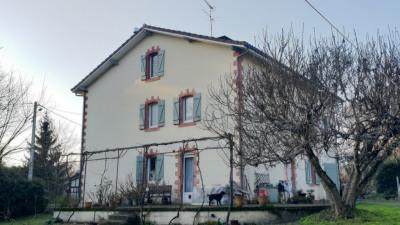 Maison proche Pontonx Sur L Adour 7 pièce (s) 200 m