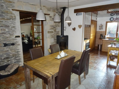Maison trelaze - 7 pièce (s) - 180 m²