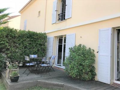 Maison Saint Nom La Breteche 4 pièce(s) 930 m2