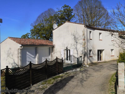 Maison de village secteur prayssas - 4 pièce (s) - 101 m²