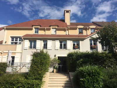 Appartement Chambourcy 2 pièce(s) 49 m2