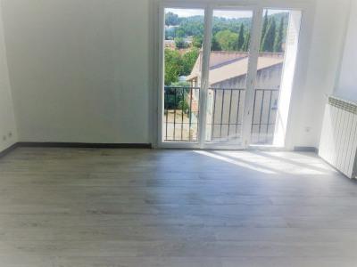 Appartement Peyrolles En Provence 2 pièces 41 m²