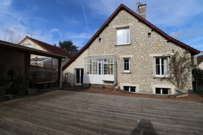 CHARTRES Maison 7 pièce (s) 155 m²