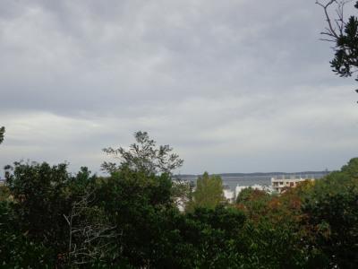 Terrain a bâtir de 1246 m² avec petite maison 300 m plage Pe