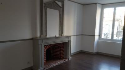 Maison de Bourg POUANCE - 6 pièce (s) - 135 m²