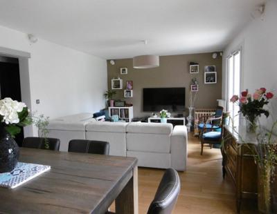 Maison Franqueville Saint Pierre 8 pièce(s) 153 m2