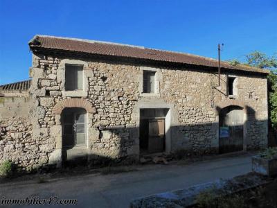Maison de village en pierre a st salvy - 4 pièce (s) - 190 m²