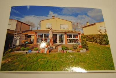 Proche Carcassonne - villa confortable sur 700m² clos et plat