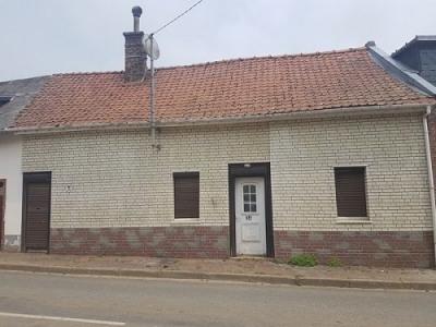 Maison à rénover située entre Sénarpont et Hornoy le Bourg