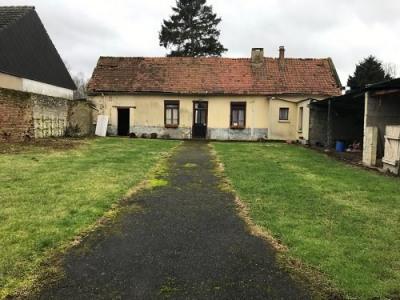 Maison à rénover située dans le secteur de Hallencourt