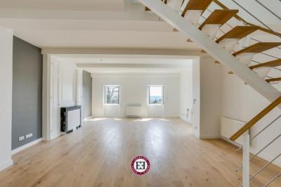 Appartement Saint Genis les Ollières 5 pièce (s) 158m²