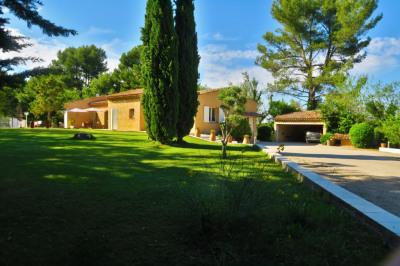 Maison Aix En Provence 6 pièce (s) 200 m²