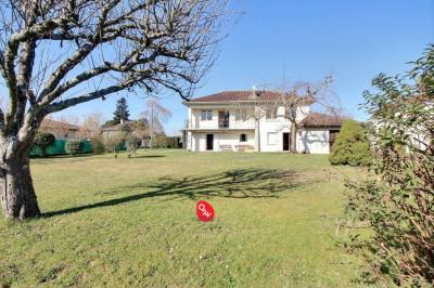 Maison Oloron Sainte Marie 6 pièce (s) 150 m²