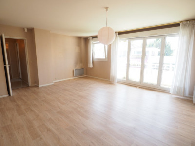 A vendre à deux pas de melun appartement T4