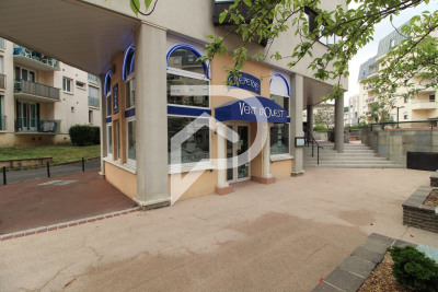 Fonds de commerce Franconville 81 m²
