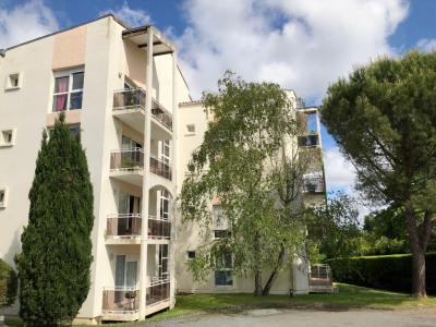 Appartement Saintes 2 pièce (s) 59.03 m²