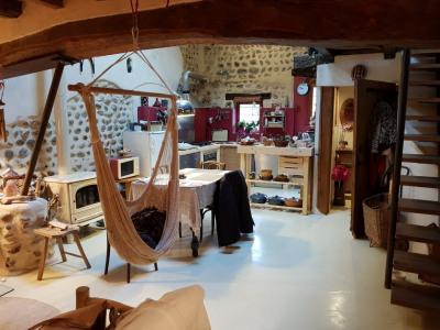 Maison de Village en pierre de taille T6 de 130 m²