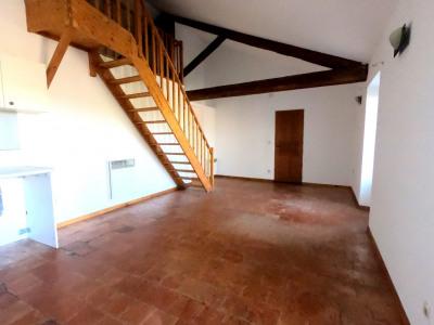 Appartement type 3 en 1er étage avec mezzanine