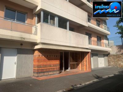 Vaste appartement T5 avec garage