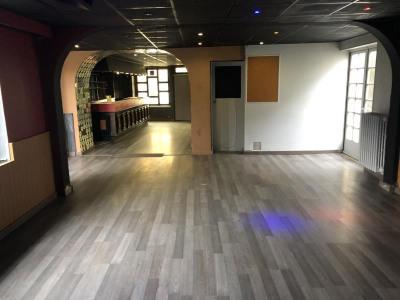 MAISON ST MACAIRE EN MAUGES - 6 pièce(s) - 150 m2