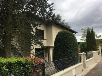 BIEN RARE A LA VENTE, Maison entièrement rénovée de 253 m²