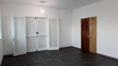 Local 24 m²