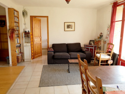 Appartement 4 pièces avec balcon et cave
