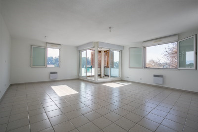 Appartement T4 avec Box centre Bouc Bel Air 78 m²