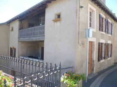 Belle maison de village ancienne
