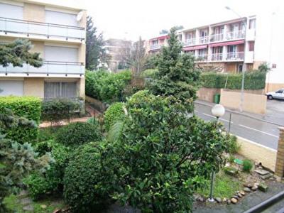 Aix-en-Provence - T3/4 + balcon, garage et cave