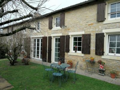 Maison en pierre secteur Prahecq