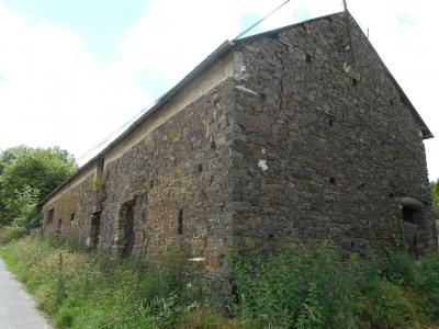 Grange en pierre A RÉNOVER