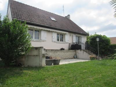 Maison Chevry Cossigny 7 pièce (s) 132 m²