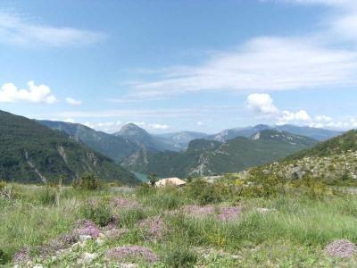 Terrain à bâtir, 718 m² - Castellane (04120)
