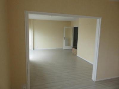 Appartement rénové joue les tours - 4 pièce (s) - 74 m²