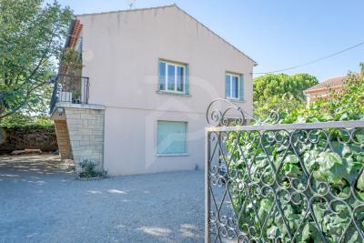 Villa Entraigues Sur La Sorgue 4 pièce (s) 100 m²