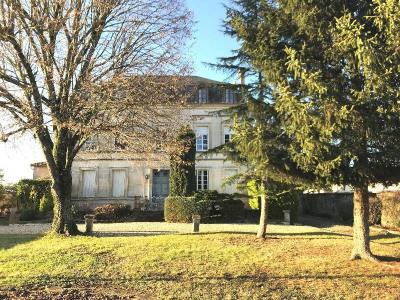 Herrenhaus 9 Zimmer Aux Portes de Cognac