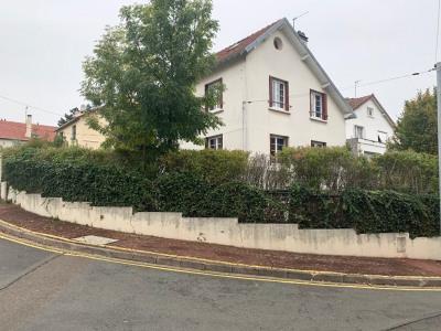 Maison Le Mesnil Le Roi 6 pièce (s) 118 m²