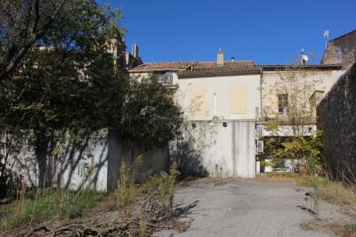 Immeuble vide pertuis - 354 m²