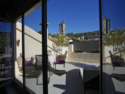 Superbe Maison de village avec jacuzzi et terrasse panoramique