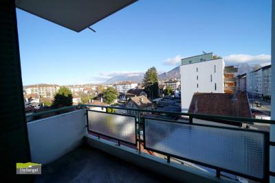 ANNECY - Appartement 3 pièces 68m² en étage élevé
