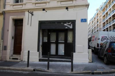 Sale shop Marseille 6ème