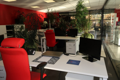 Local commercial Limoges 678 m²