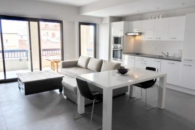 Appartement 2 pièce (s) 48 m² avec terrasse de 12 m Cannes